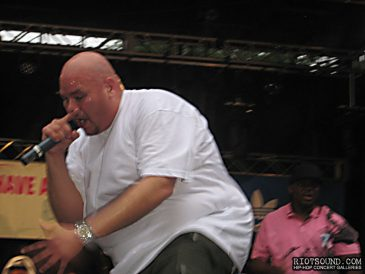 132_Fat_Joe_On_Stage