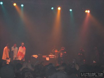 13_Wu_Tang_Clan_On_Stage