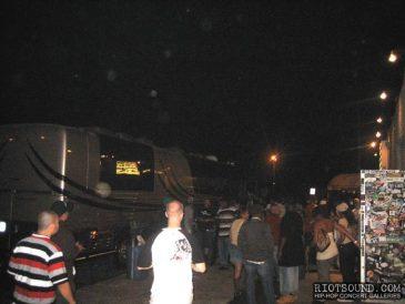 33_Tour_Bus