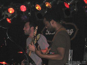 4_Guitar_Players