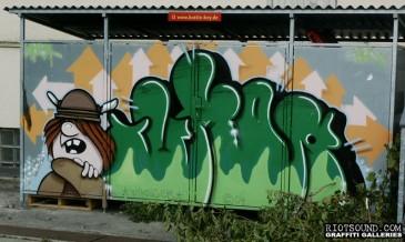 Bottle_Boy_Graffiti