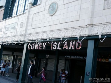 Coney_Island_Train_Station