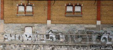 Graff_On_Building
