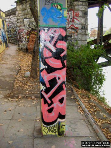 Graffiti_Burner_On_Pole