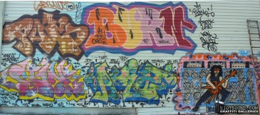Graffiti_Pieces_On_Wall