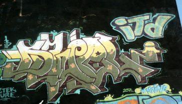 MontrealGraff46