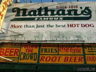 Nathans_Coney_Island