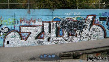 Riverfront_Graffiti