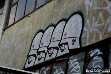 Soldiers_Graffiti