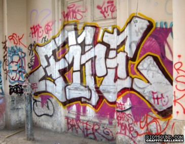 Villaggio_Globale_Roma_Graffiti