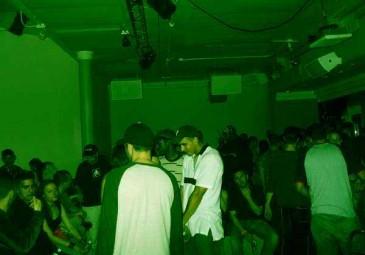 ArcFinalVoyage2004Apr08