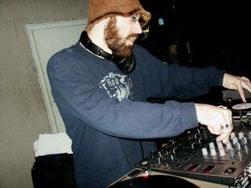 DJPreachApr2005_11