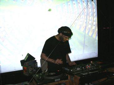 PierPressure2005JUN22