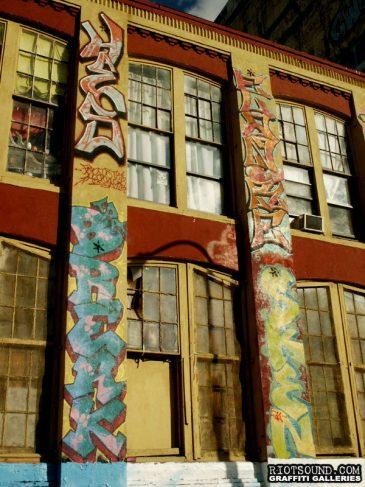 19_Graffiti_On_Building