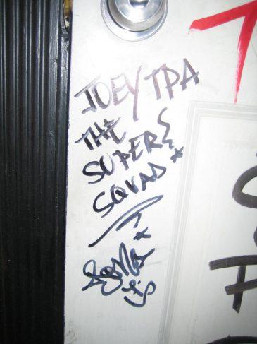 Bathroom_Graffiti_Hit
