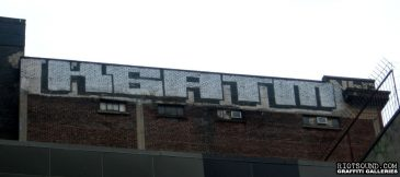 Block_Letters_Rooftop_Graff