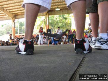Break_Dancing
