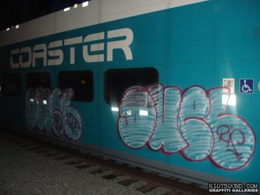Graff_Fillin_On_Train