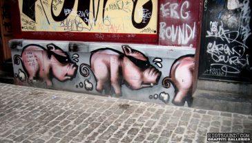 Outdoor_Pig_Art