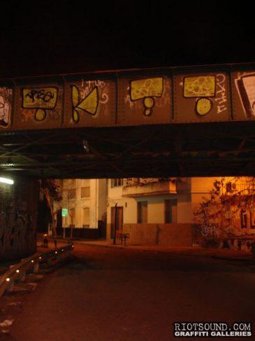 Street_Art_On_Overpass
