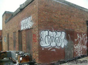 rooftop_throwie